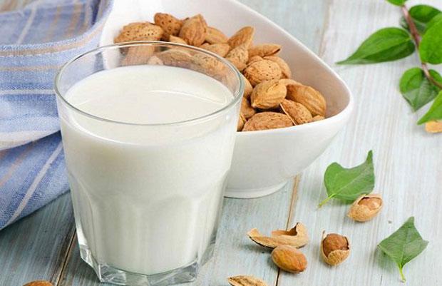 Sữa từ hạt hạnh nhân