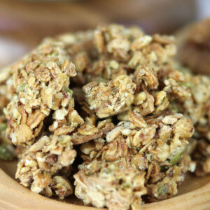 Granola cung cấp nhiều Vitamin và khoáng chất