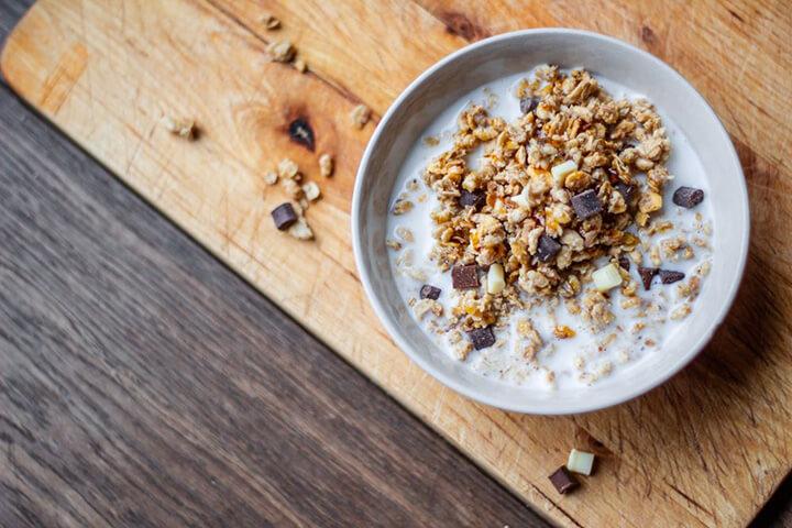 Cách Làm Yến Mạch Granola Oats Ăn Liền Đơn Giản