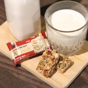 dùng chung với sữa tươi